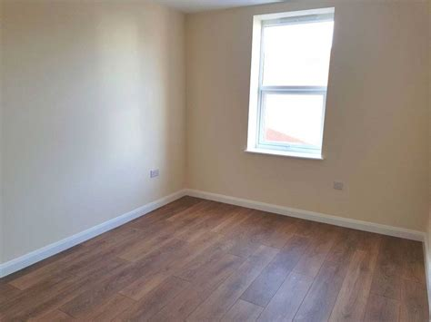 two bedroom flat for rent in hounslow 2 bedroom flat to rent high street hounslow central tw3 1he