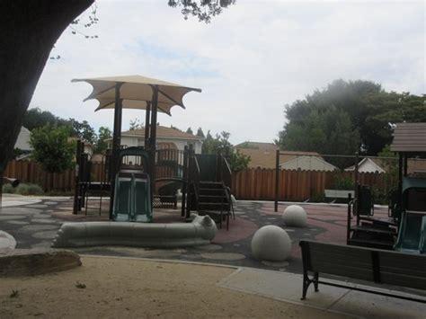 Mariposa Gardens Shopping Center by Things To Do Near Nasa Ames Visitor Center In Mountain