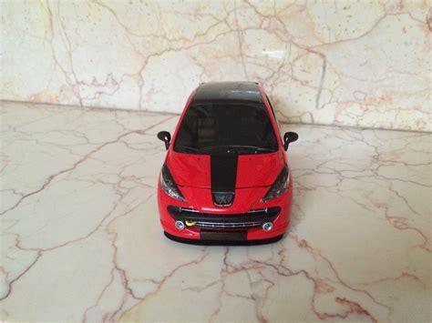 peugeot spor araba diecastr model araba koleksiyonerleri buluşma noktasi