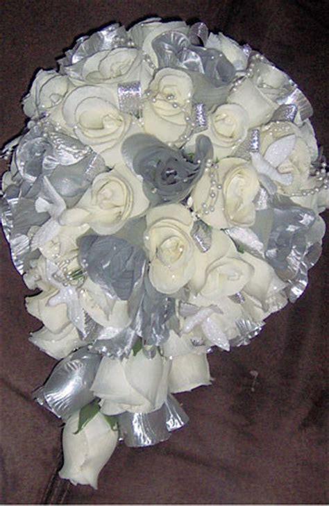 Kain Flanel Polos 20x40cm White rangkaian bunga untuk pesta heaven sweet flowers