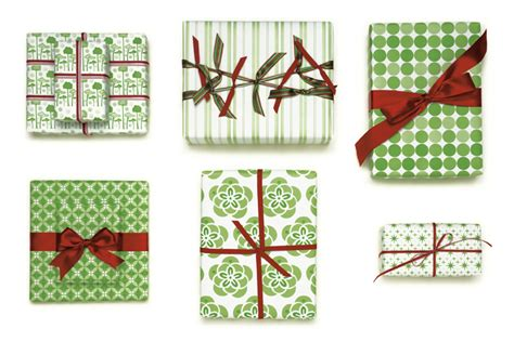 can gift wrap be recycled 6 eco friendly gift wrap alternatives eco alternatives