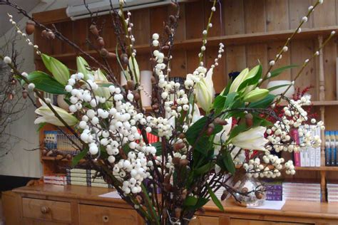 How To Make A Arrangement In A Vase by How To Create A Large Floral Winter Vase Arrangement