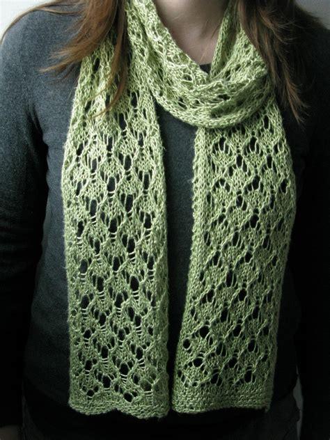 knitting pattern scarf lace littletheorem mae geri scarf