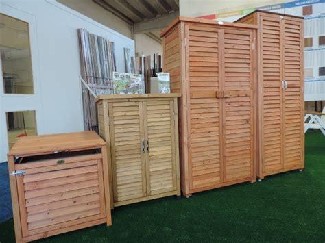 armadio esterno legno siamo fuori da armadio in legno per esterno