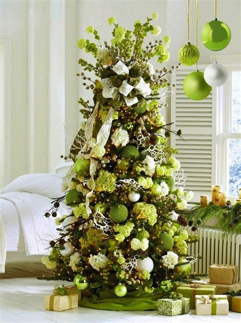 tree decoration ideas most gorgeous christmas tree decorating ideas for 2016