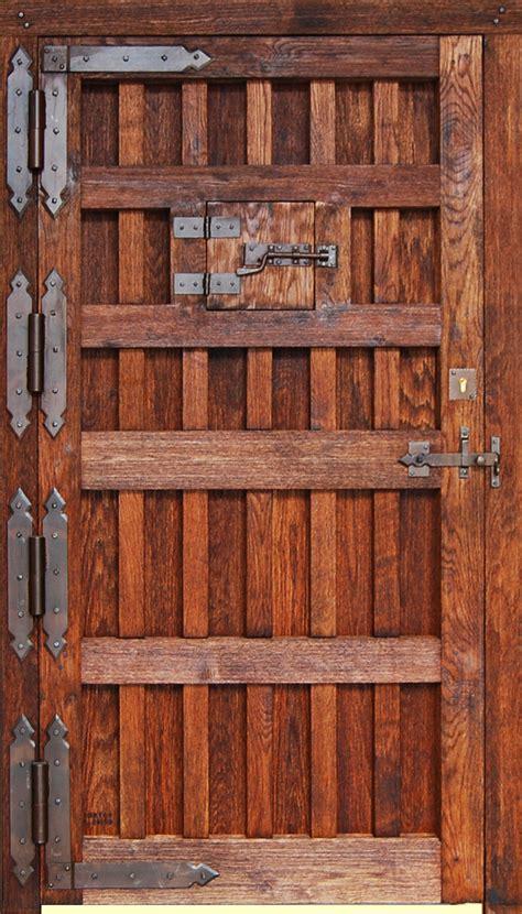 imagenes puertas antiguas de madera porton clasico puertas rusticas puertas de madera