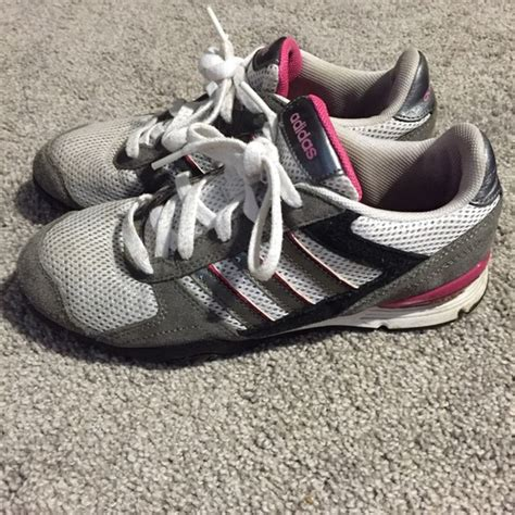 adidas adidas tennis shoes in white with pink and gray