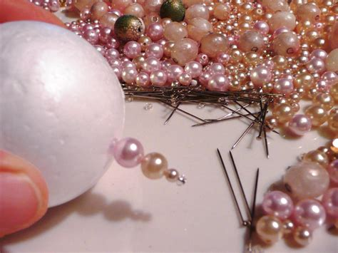 make christmas ornaments from old necklaces craft