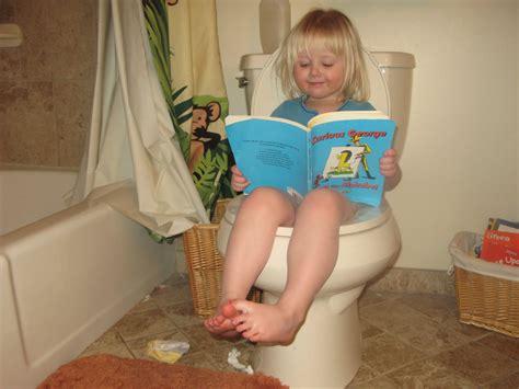 how should it take to potty a potty age 2 show potty toilet baby