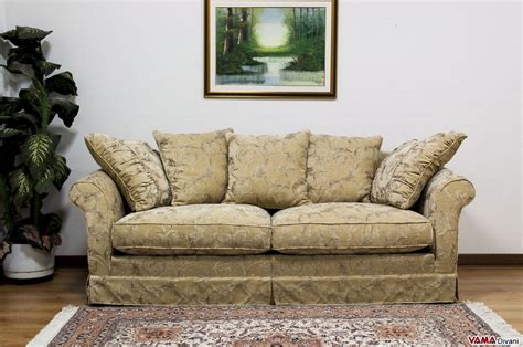 cuscini eleganti per divani divano in tessuto sfoderabile in stile classico ville