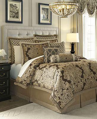 croscill discontinued bedding croscill closeout sorina bedding collection bedding collections bed bath macy s