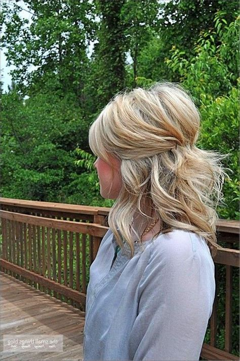 24 Lovely Medium length Hairstyles For Fall Weddings   Page 2