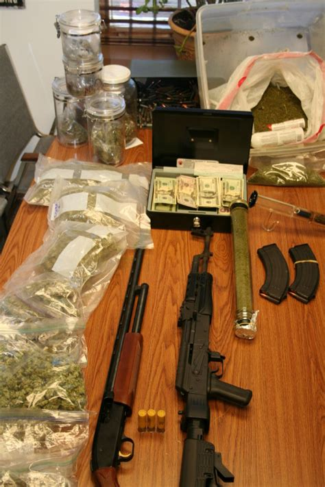 Racine Wisconsin Warrant Search Search Warrant Recovers Five Pounds Of Marijuana Two Loaded Guns In Burlington