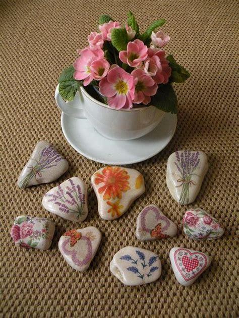 decorar con servilletas c 243 mo decorar piedras con servilletas 5 pasos uncomo