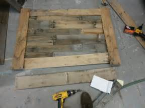 Build a pallet coffee table in 4 hours for 20 dollars easy diy