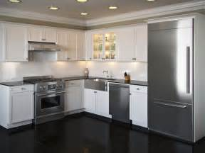 Small L Shaped Kitchen Designs With Island Pictures Of L Shaped Kitchen With Island Shaped Kitchen