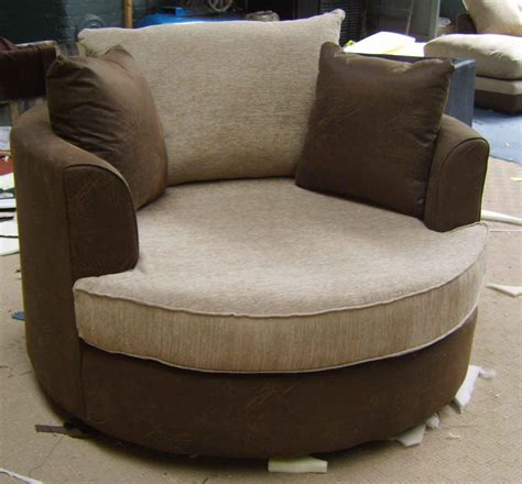 small recliners for bedroom small comfortable bedroom chairs 44 with small comfortable