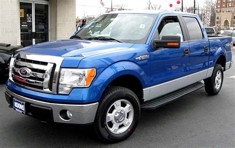 file 2009 ford f 150 xlt supercrew jpg wikimedia commons