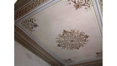 soffitto decorato dipinti restauro soffitti decorati ocrarossa