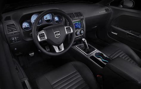 2012 Dodge Challenger Srt8 Interior by 2012 Dodge Challenger Sr8 392 Yellow Jacket Special Edition