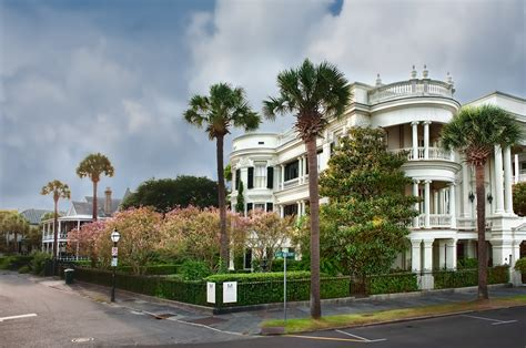 Best Small Towns In Usa by File East Battery Amp Atlantic St Charleston Sc Jpg