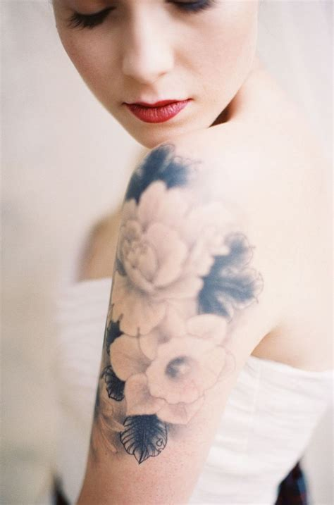 ink ink tattoo feminine images designs