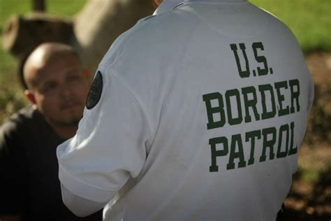 Entry Into Mexico With Criminal Record Border Patrol Arrests Two Linked To Sure 241 O Entering U S La Times