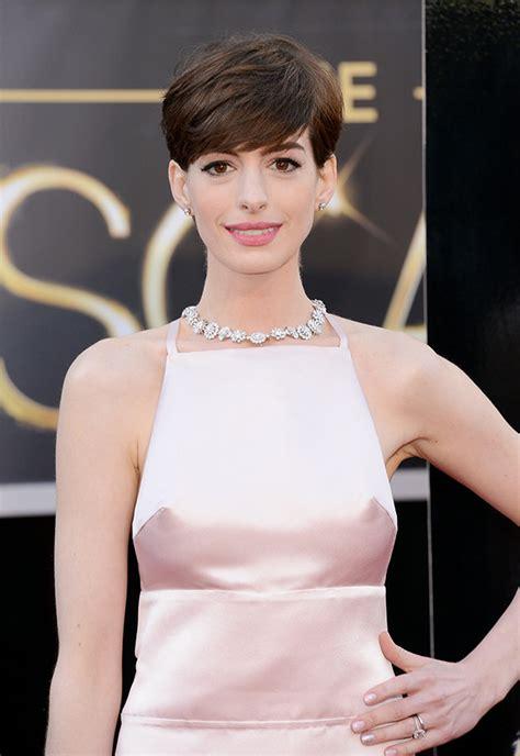 Wardrobe Slips by 0b913f78 5c06 4b6a Bcfb Ff6a3c5fd0a0 Anne Hathaway Slip Wardrobe Oscars 2013