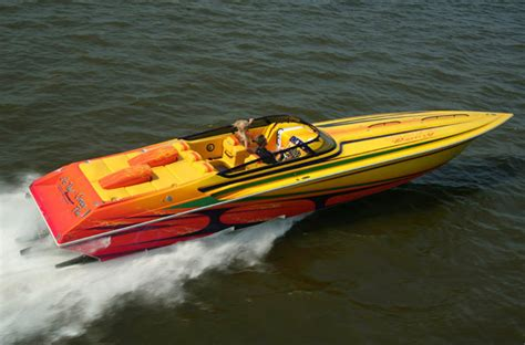 fountain speed boat research fountain boats 42 lightning high performance boat