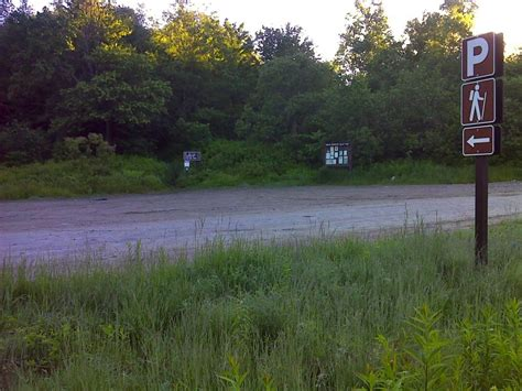 section 8 vermont mm 0 0 trailhead and parking area on kelly stand road gps