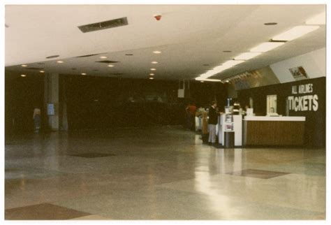 dallas fort worth international airport history  rich exciting  filled  trials