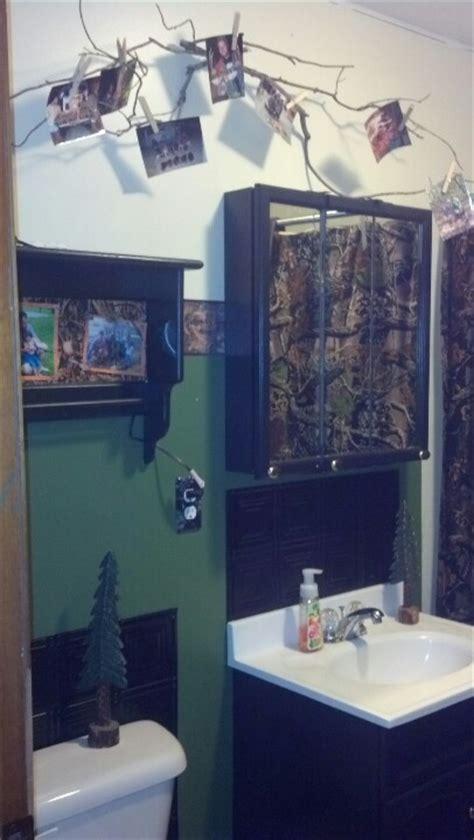 duck hunting bathroom decor best 25 camo bathroom ideas on pinterest camo home