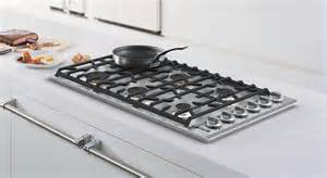 viking cooktop viking introduces new built in gas and electric cooktops