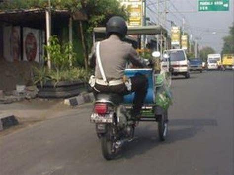 film hantu gokil indonesia vidio lucu video lucu banget bikin ngakak video lucu