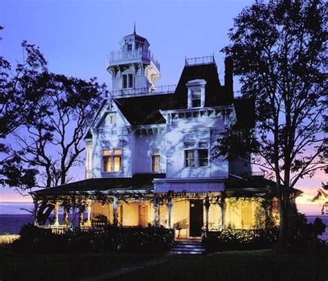 practical magic house quot practical magic quot house my kinda home pinterest