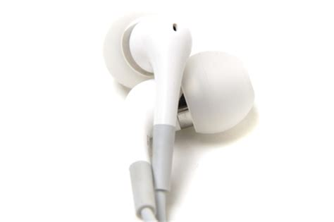 apple in ear reviews specs ratings findthebest apple in ear headphones review these in ear headphones