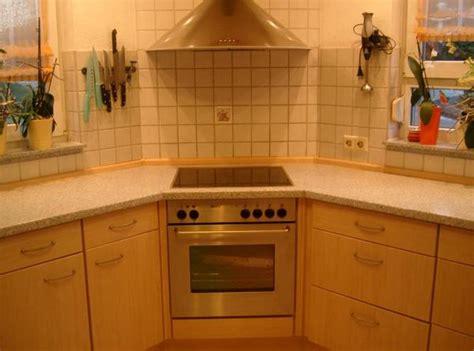 küche u doppelbett mit lederkopfteil