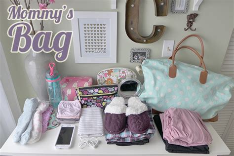 how should you pack your hospital bag for the delivery of your baby babies ideas
