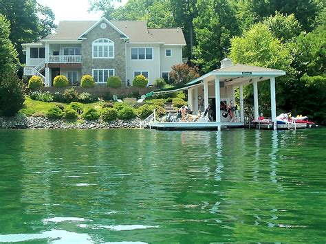 buy lake house 5 reasons to buy waterfront homes in connecticut
