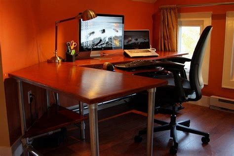 Gaming Corner Desk Best 25 Corner Gaming Desk Ideas On Pinterest Corner Desk Diy Corner Desk And Computer Desk