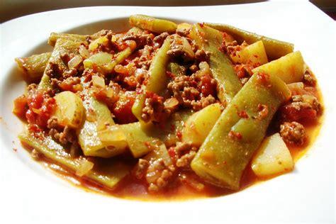 etli taze fasulye yemegi etli patates yemegi etli yemek tarifleri etli taze fasulye tarifi malzemeleri ve yapılışı 4 nefis