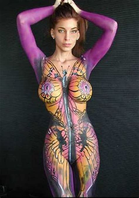 rame rame: very hot body painting girls football