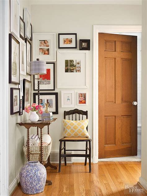 How To Decorate A Corner Wall by 17 Best Images About Foyer Ideas On Craft
