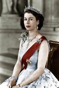 Queen Elizabeth 2nd by Queen Elizabeth Ii The Asian Fashion Journal