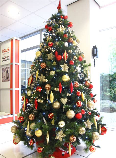 christmas tree hire in birmingham services office