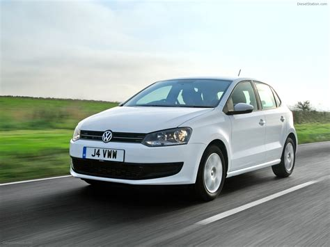 car volkswagen polo volkswagen polo is car of the year 2010 car picture
