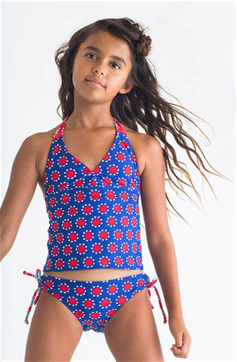 selfie tween girls swimwear tween tankini images usseek com