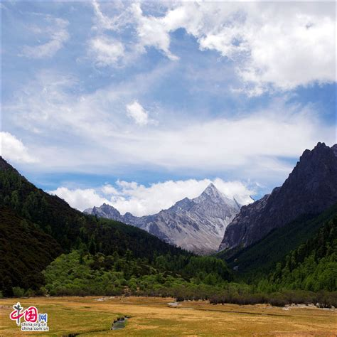 breathtaking scenery breathtaking scenery of yading china org cn