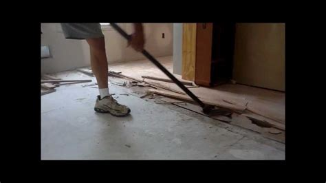 Gutster Flooring Bar   Fastest way to remove hardwood