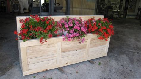 Wood Planter Box Ideas by Pallet Wooden Planter Box Pallet Ideas Recycled